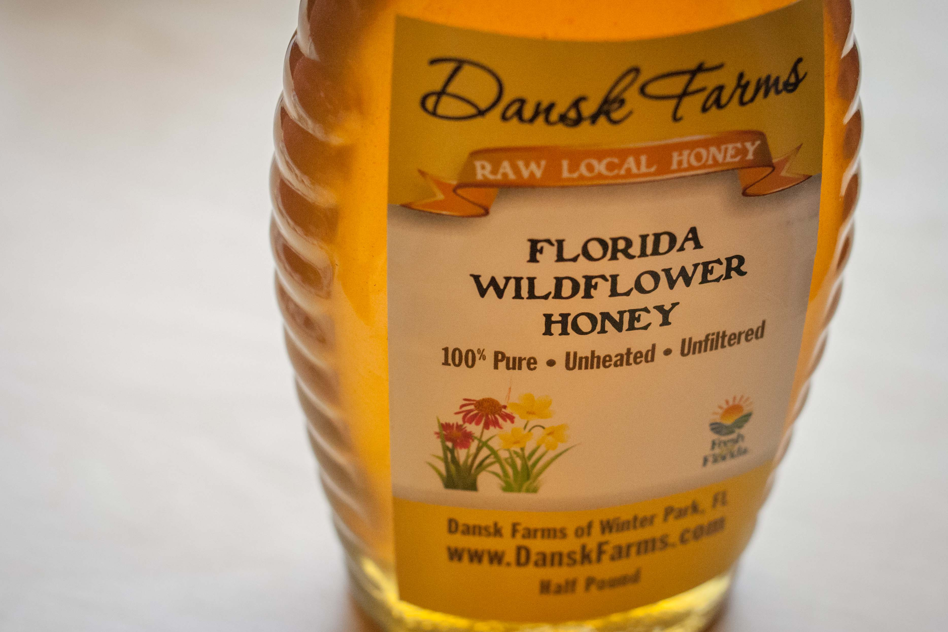 how to find local raw honey